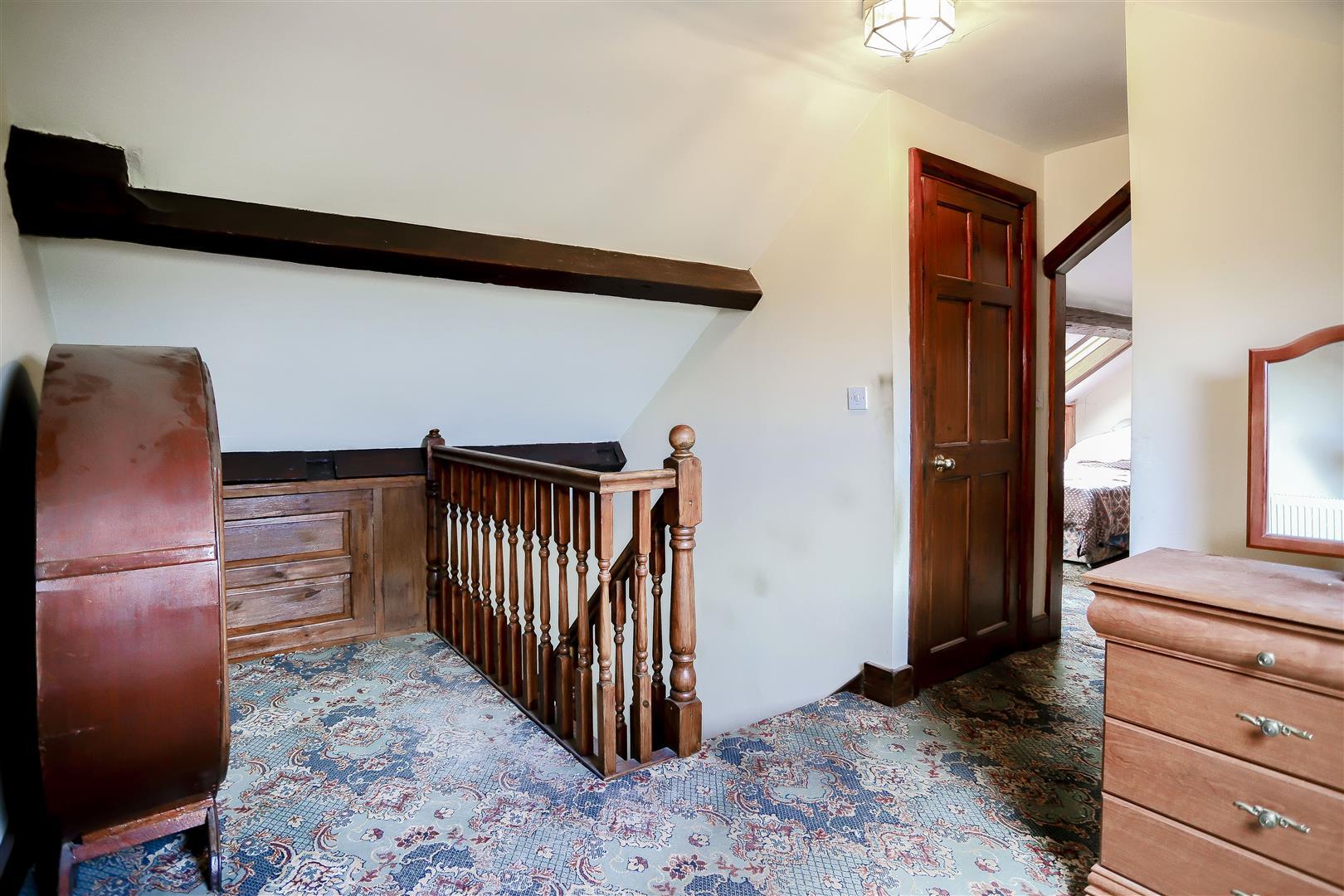 2 Bedroom Barn Conversion For Sale - IMG_2411.jpg